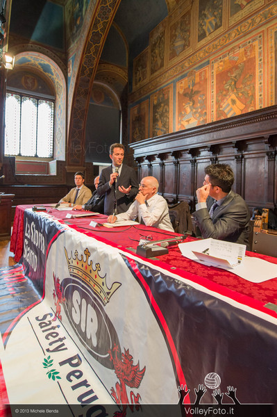 2013.10.14 Presentazione in Comune SIR Safety Banca di Mantignana Perugia (id:_MBC0132)
