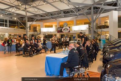 2013.10.14 Presentazione aperitivo presso Autocentro Giustozzi: SIR Safety Banca di Mantignana Perugia (id:_MBD0320)