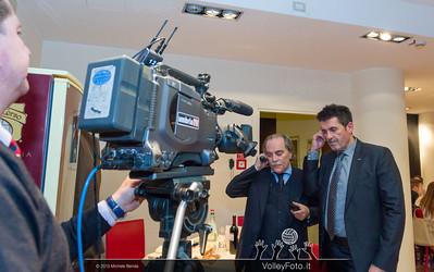 Stefano Mezzanotte e il presidente Gino Sirci in attesa del collegamento in diretta con UmbriaTV