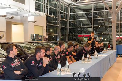 2013.10.14 Presentazione aperitivo presso Autocentro Giustozzi: SIR Safety Banca di Mantignana Perugia (id:_MBD0314)