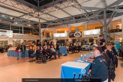 2013.10.14 Presentazione aperitivo presso Autocentro Giustozzi: SIR Safety Banca di Mantignana Perugia (id:_MBD0317)