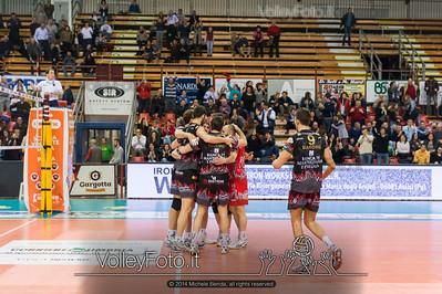 SIR Safety Perugia, abbraccio