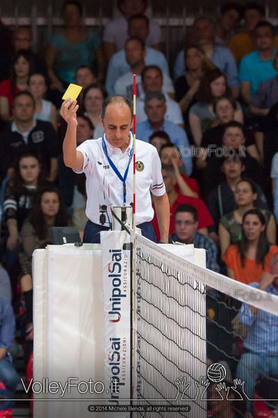 Matteo Cipolla, cartellino giallo
