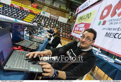 Sir Safety Conad Perugia - Tonazzo Padova 17ª giornata Campionato Italiano di pallavolo maschile Serie A1 SuperLega UnipolSai 2015/16.  PalaEvangelisti Perugia, 10.02.2016 FOTO: Michele Benda © 2016 Volleyfoto.it, all rights reserved [id:20160210._MBK6259]