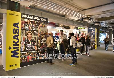 In giro per #Volleyland Mediolanum Forum Milano, 06.02.2016 FOTO: Michele Benda © 2016 Volleyfoto.it, all rights reserved [id:20160206.MB2_7219]