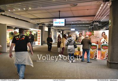 In giro per #Volleyland Mediolanum Forum Milano, 06.02.2016 FOTO: Michele Benda © 2016 Volleyfoto.it, all rights reserved [id:20160206.MB2_7218]