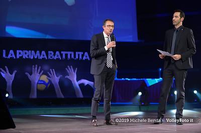 """""""La prima battuta"""" evento di presentazione del 75º campionato Lega Pallavolo Serie A IT, 18 luglio 2019. Foto: Michele Benda per VolleyFoto.it [riferimento file: 2019-07-18/NZ6_1100]"""