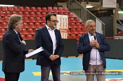 Premiazione BARTOCCINI GIOIELLERIE PERUGIA  per la promozione in SERIE A1 IT, 27 aprile 2019 - Foto: Michele Benda per VolleyFoto.it [Riferimento file: 2019-04-27/NZ6_3260]