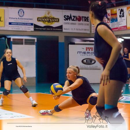 Giulia Gierek bagher