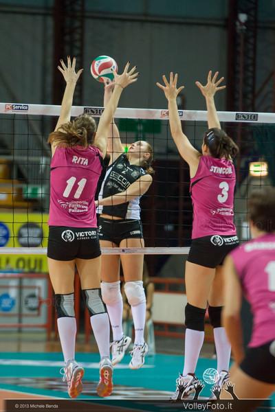 2013.10.26 Gecom Security Perugia - Lardini Filottrano AN | 2ª Giornata Campionato Italiano di Volley Femminile, Serie B1 girone C, 2013/14 (id:_MBD4857)