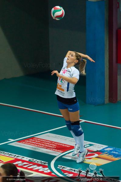 Eleonora Gatto battuta