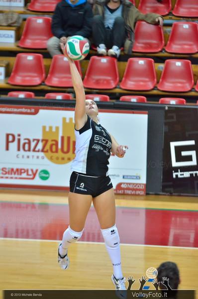 Francesca Valentini, attacco