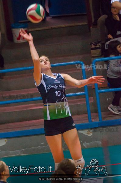 Valentina Barbolini, attacco