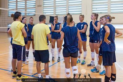 2013.09.03 Allenamento Todi Volley (id:_MBC8438)