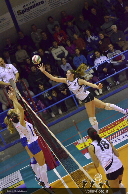 2013.11.23 Edil Rossi Volley Bastia - CS San Michele Firenze