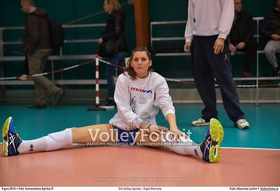 Giò Volley Aprilia - Sigel Marsala 11ª giornata Campionato Serie B1 Femminile 2015-16, girone D Pallone Tensostatico Aprilia LT, 09.01.2016 FOTO: Maurizio Lollini © 2016 Volleyfoto.it, all rights reserved [id:20160109.DSC_8194]