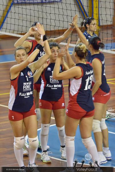 New Font F.lli Mori GUBBIO - GS Dannunziana PESCARA | 5ª giornata, Campionato Italiano di Volley Femminile, Serie B2 girone F [2013/14] (id: 2013.11.16._MBY0742)