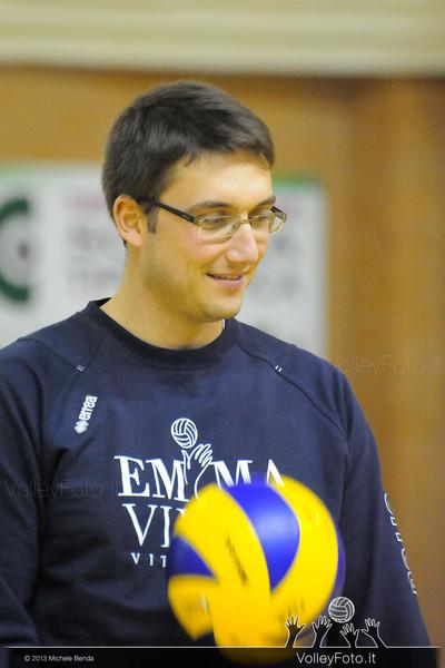 Grifo Volley Perugia - Emma Villas Vitt Chiusi | 10ª Giornata, Campionato Italaiano di Pallavolo Maschile, Serie B2 girone E [2013/14] (id: 2013.12.21._MBD6574)