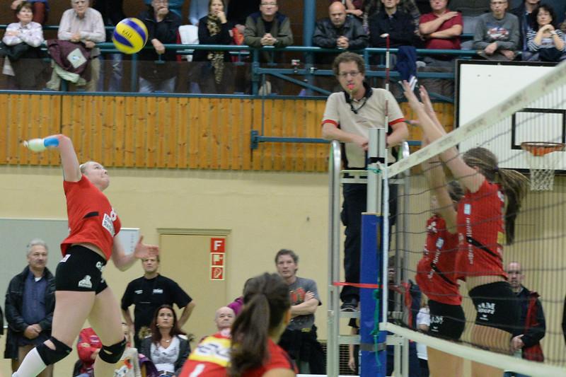 NLA 2013/2014: Aesch-Pfeffingen - VC Kanti 0:3, 10.11.2013