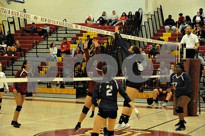 NBHS VOLLEYBALL VS ROCKY HILL 10-4-18