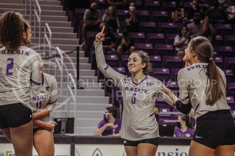 Jacque Smith praises teammates after a point during the Kansas State volleyball game against Iowa State at Bramlage Coliseum on Sept. 26, 2020. (Sophie Osborn | Collegian Media Group)