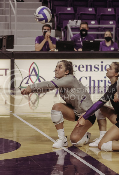 Jacque Smith prepares to get the ball during the Kansas State volleyball game against Iowa State at Bramlage Coliseum on Sept. 26, 2020. (Sophie Osborn | Collegian Media Group)
