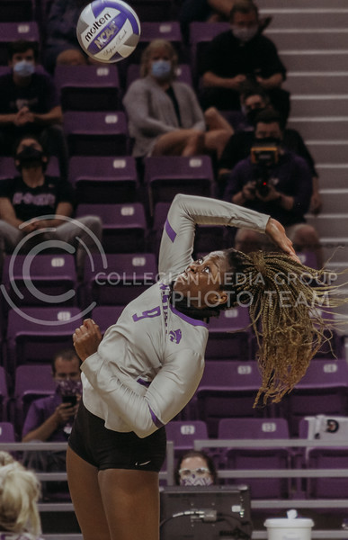Abigail Archibong prepares to spike the ball during the Kansas State volleyball game against Iowa State at Bramlage Coliseum on Sept. 26, 2020. (Sophie Osborn | Collegian Media Group)