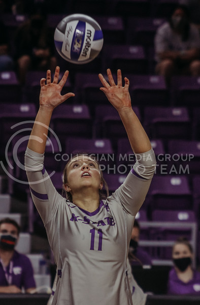Shelby Martin sets the ball for a teammate during the Kansas State volleyball game against Iowa State at Bramlage Coliseum on Sept. 26, 2020. (Sophie Osborn | Collegian Media Group)