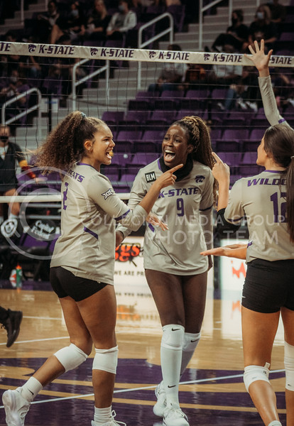 After a successful play, Aliyah Carter and Abigail Archibong celebrate during the Kansas State volleyball game against Iowa State at Bramlage Coliseum on Sept. 26, 2020. (Sophie Osborn | Collegian Media Group)