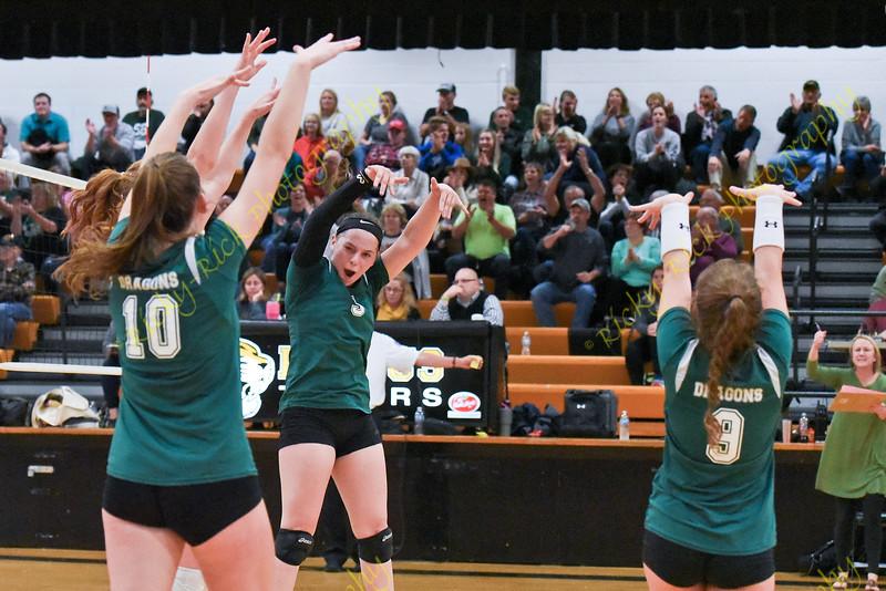 10/29/19 - Girls Volleyball - C3 District 2 finals - St. Genevieve vs Festus
