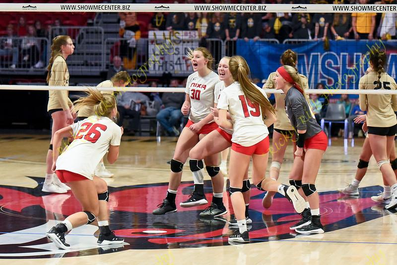 11/09/19 - Girls Volleyball - Class 4 state championship - Nixa vs Lafayette