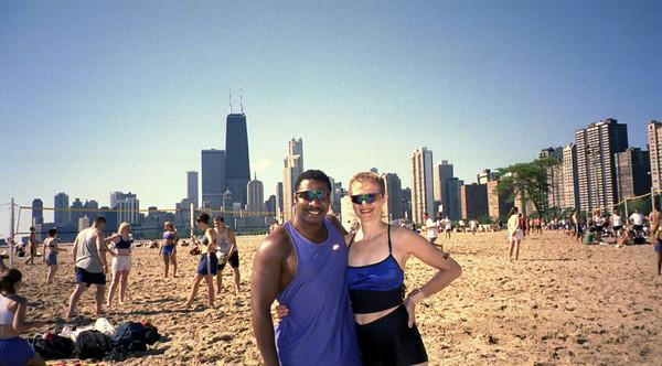 2001-8-4  Chicago Social Club.North Av0001