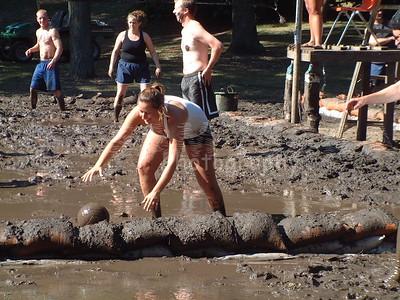 2005-7-10 Mud Volleyball-West Chicago 00014