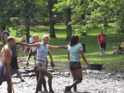Fun in the Mud 2009 by Ilona Ah-yo 09