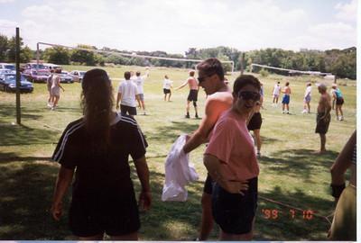 1999-7-10 15 Vargas Fest