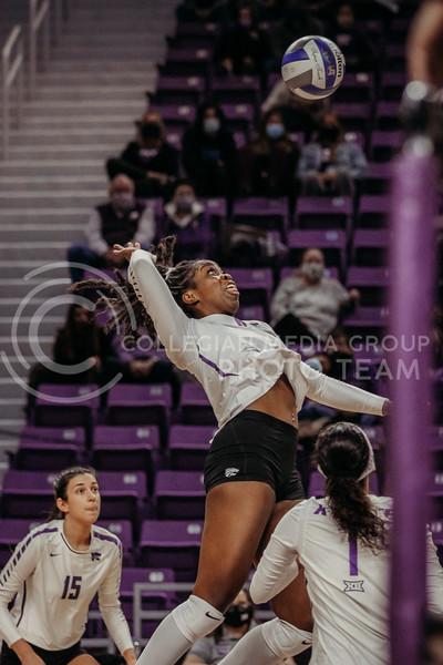 Sophomore Abigail Archibong prepares to hit the ball during the game against Texas Christian University on Nov. 13, 2020. (Sophie Osborn | Collegian Media Group)