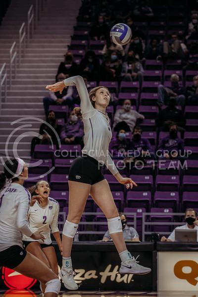 Sophomore middle blocker Kayley Hollywood prepares to hit during the game against Texas Christian University on Nov. 13, 2020. (Sophie Osborn | Collegian Media Group)