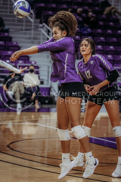 Freshman outside hitter Aliyah Carter prepares to pass the ball during the Nov. 14, 2020 game against Texas Christian University. (Sophie Osborn | Collegian Media Group)