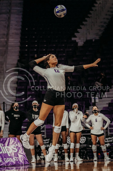 Loren Hinkle serves the ball during the Kansas State volleyball game against Texas at Bramlage Coliseum on Oct. 17, 2020. (Sophie Osborn | Collegian Media Group)