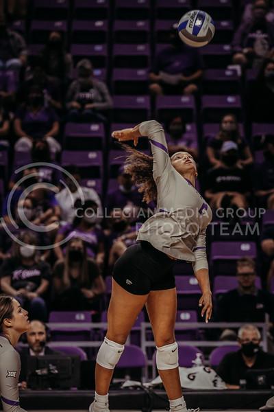 Sophomore Aliyah Carter jumps during the September 9, 2021 game against Ohio at Bramlage Coliseum. (Sophie Osborn   Collegian Media Group)