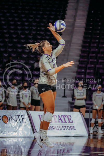 Shelby Martin serves during the game against Oklahoma on Oct. 22, 2020. (Sophie Osborn | Collegian Media Group)