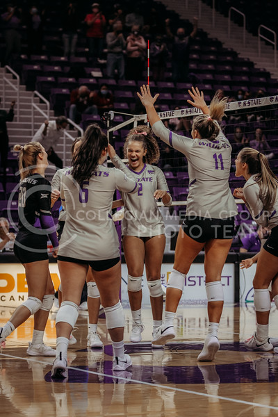 After winning in a third set, the team celebrates a win over Oklahoma on Oct. 22, 2020. (Sophie Osborn | Collegian Media Group)