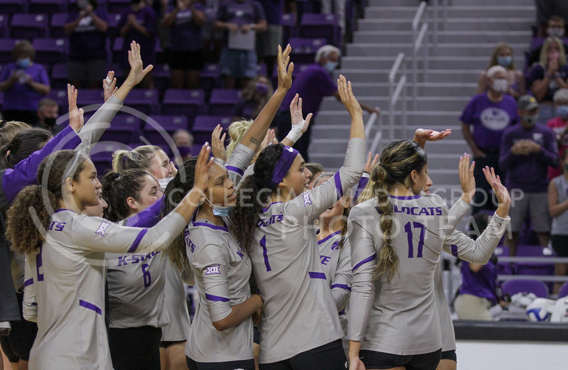 The team waves goodbye after the August 22nd game against University of Missouri-Kansas City at Bramlage Coliseum. (Sophie Osborn | The Collegian Media Group)