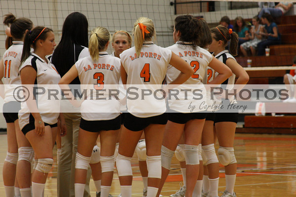 La Porte Volleyball sweeps Nimitz