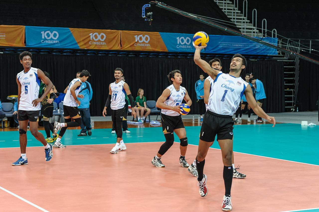 Jirayu Raksakaew throwing a ball to the spectators.