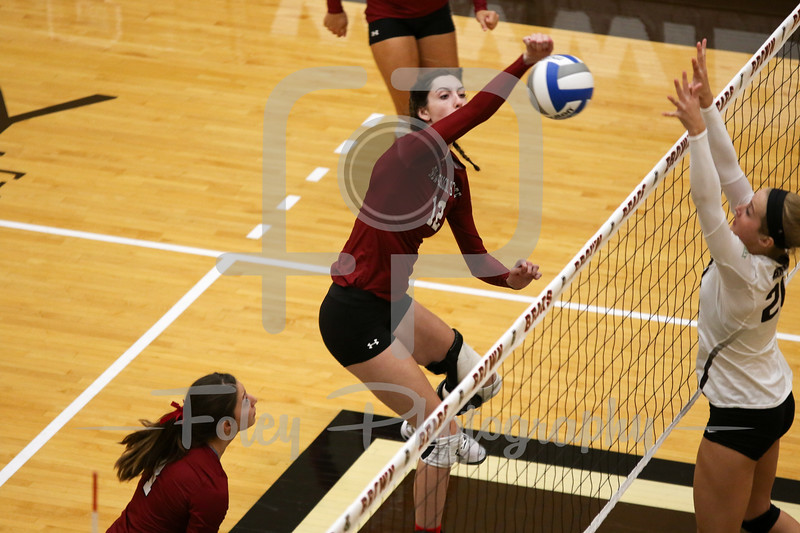 New Mexico State middle blocker Megan Hart (12)