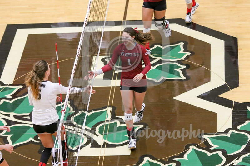 New Mexico State setter Brianna Ainsworth (1) Brown libero/defensive specialist Chaney Hart (1)