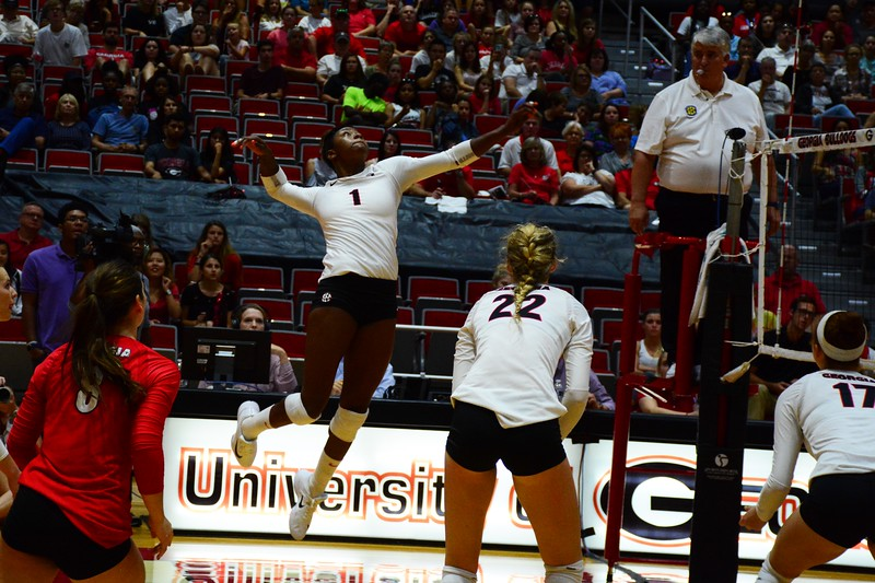 Georgia's T'ara Ceasar (1) during the Bulldogs' match against Texas A&M at the Ramsey Student Center in Athens, Ga. on Friday, Sept. 29, 2017.  (Photo by Caitlyn Tam / Georgia Sports Communication)