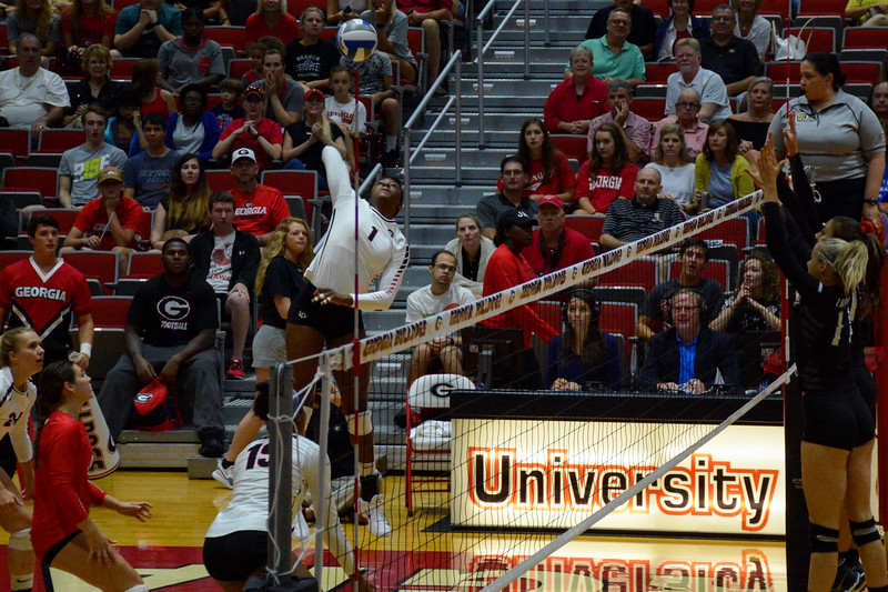 Georgia's T'ara Ceasar (1) during the Bulldogs' game against LIU Brooklyn at the Ramsey Student Center in Athens, Ga. on Saturday, Aug. 26, 2017. (Photo by Caitlyn Tam / Georgia Sports Communication)