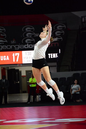 Georgia's Sydney Gilliam (15) during a UGA volleyball match against Tennessee at Stegeman Coliseum in Athens, GA on Wednesday, Oct. 11, 2017. (Photo by Caitlyn Tam / Georgia Sports Communication)